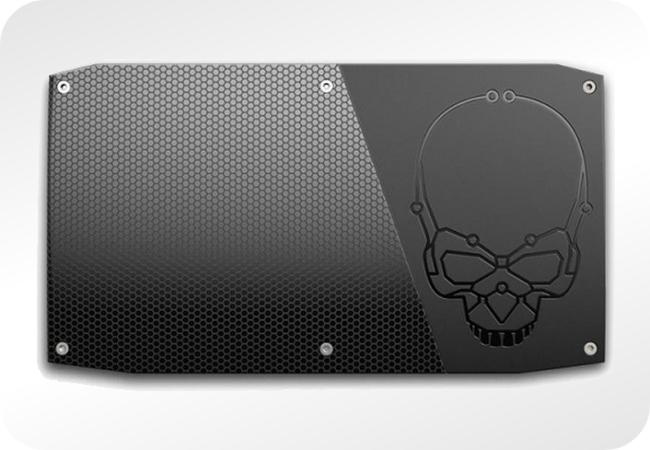 Intel NUC Skull Canyon - bok komputera