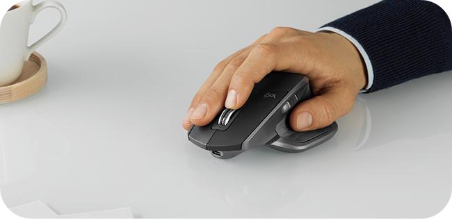 Logitech MX Master 2S - ergonomiczny kształt