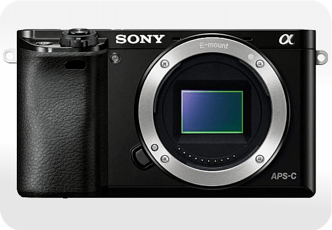 Sony Alpha ILCE-6000 - Front