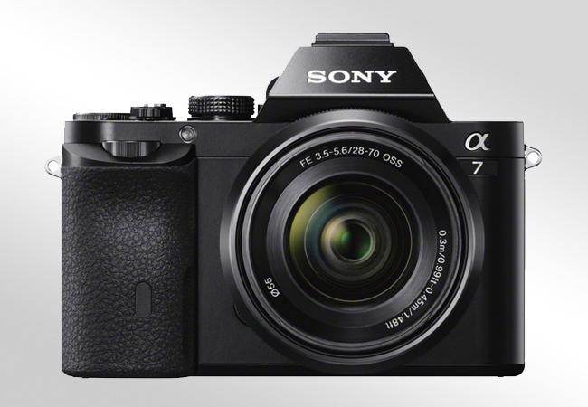 Sony Alpha ILCE-7 - Front